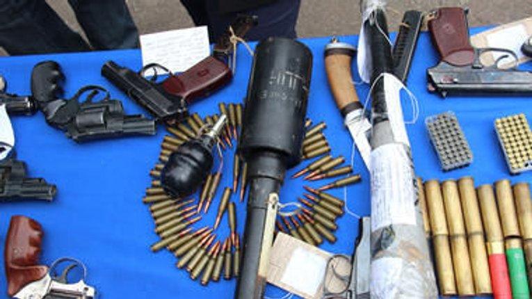 Місячник роззброєння: полтавці здають гранати, міни і армійський вогнепал