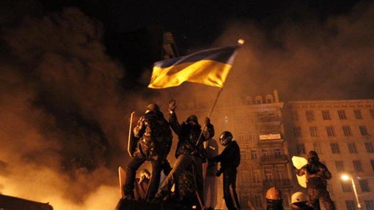 Хроніка злочинів Порошенко: як нове керівництво країни зрадило Майдан