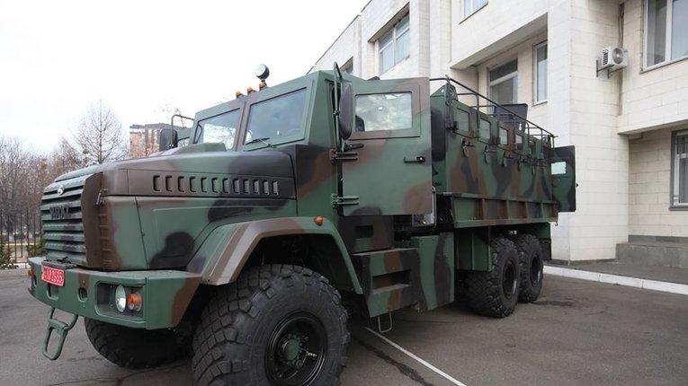 Нацгвардія отримала бронеавтомобілі КрАЗи-Раптори