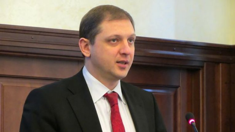 Прокурор Ян Стрелюк у відчаї готує фізичну розправу та хоче «зламати» людину