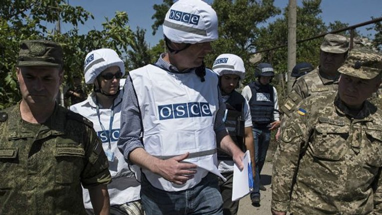 """Місія ОБСЄ помітила понад 20 танків """"ДНР"""""""