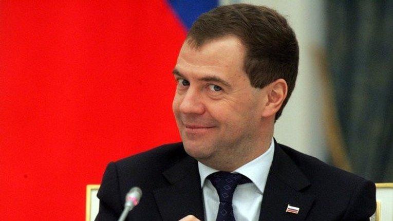 Медведєв анонсував нові санкції