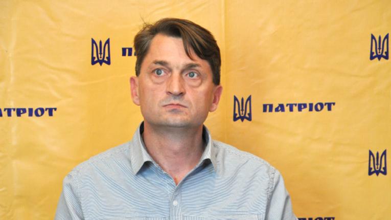 Псевдоактивіст Русін набиває кишеню під патріотичні гасла – Лещенко