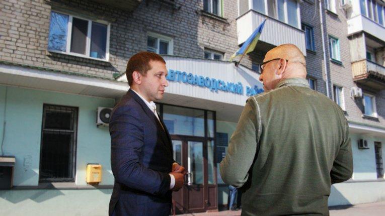 Знову звільнений лікар вчергове подав до суду на кременчуцьку владу