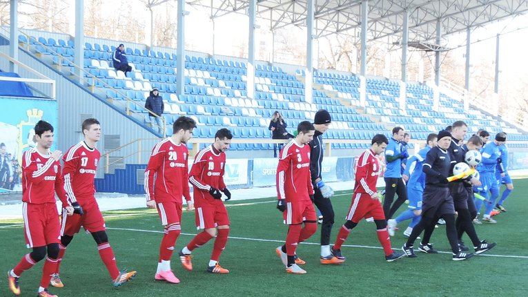 «Гірник-Спорт» переміг у першому матчі року