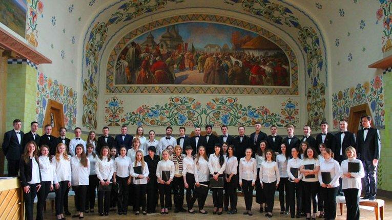 Луганський хор заспівав полтавцям твори Лисенка