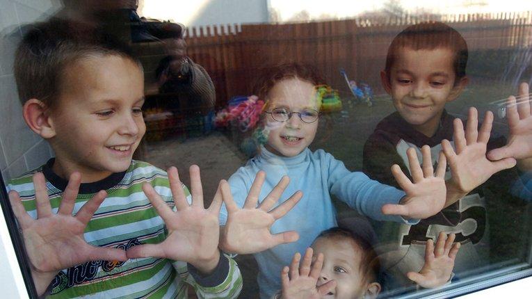 Більше 2 млн грн виділили дітям-сиротам на Полтавщині