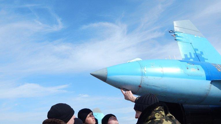 Миргородські льотчики-винищувачі навчають харківських курсантів