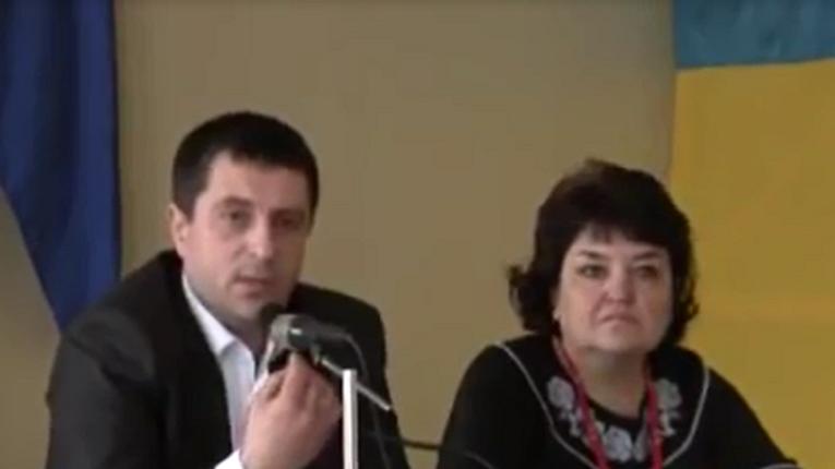 Карлівська міська рада звільнила секретаря за недовіру