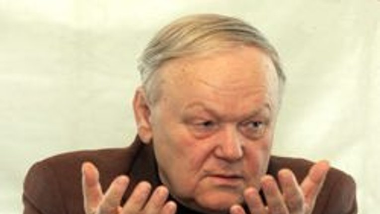 """""""Він був митцем, який відкрив світові Україну"""" - у столиці попрощалися з Борисом Олійником"""