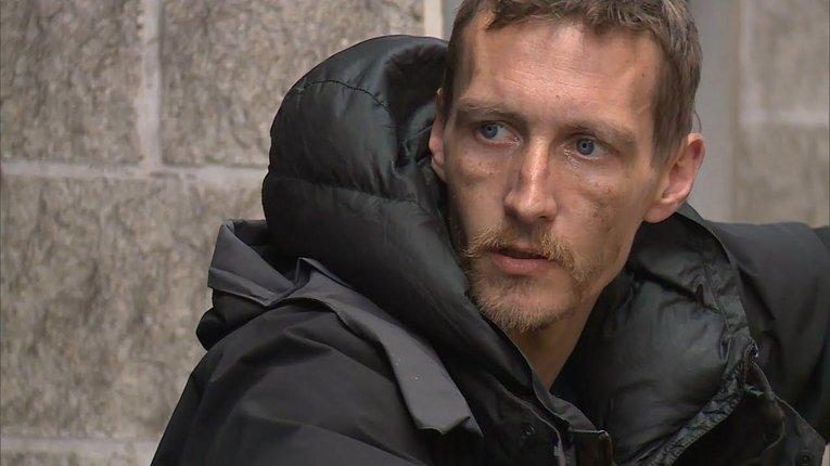 Безхатько, який виносив закривавлених дітей зі стадіону Манчестера, отримав житло, гроші і статус героя