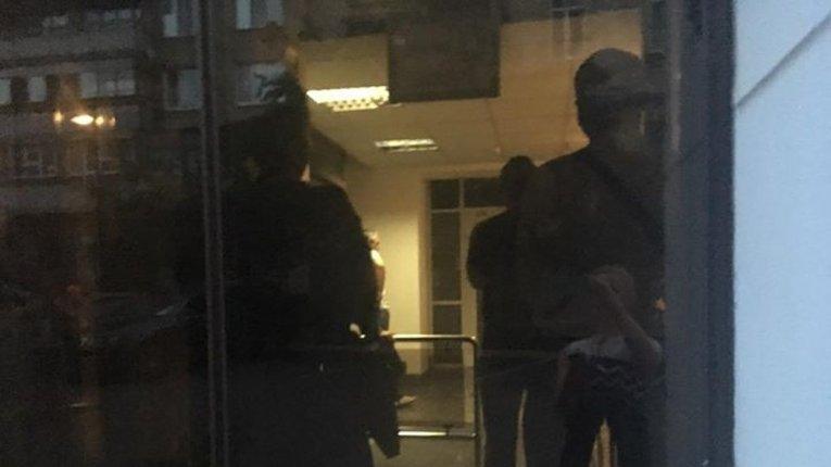 Поліція взяла штурмом редакцію «Страна.uа». Йде обшук