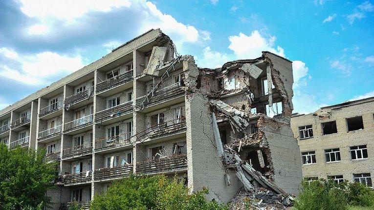 Близько $50 млрд коштуватиме реконструкція Донбасу після завершення війни – Міноборони