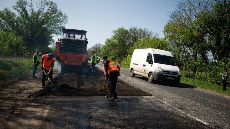 Одесити не змогли заробити чверть мільярда на полтавських дорогах