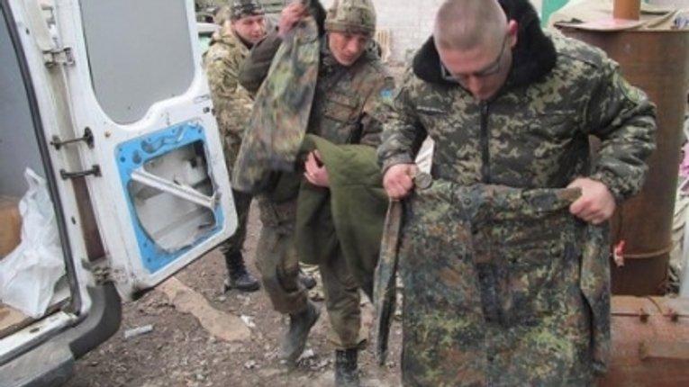 7 квартир заарештували у родича полковника, який купив браковану форму для ЗСУ