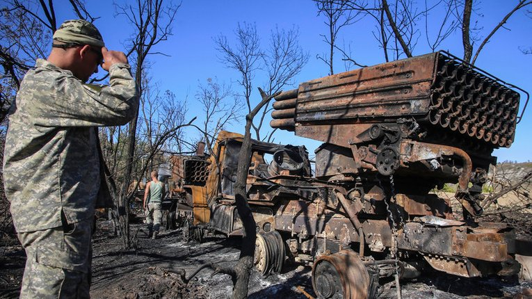 Волонтер розповів про головну поразку в українській армії