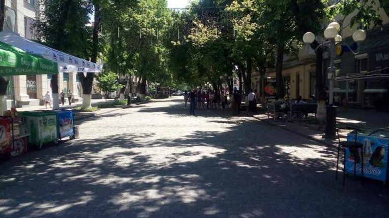 Депутати міськради не збираються зносити МАФи в історичній частині Полтави