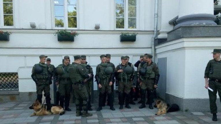 42 присутніх депутатів: початок сесії міськради затримали на майже 20 хвилин