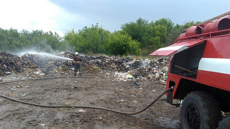 4 «Макухівки» за місяць: вкотре за червень на Полтавщині горять сміттєзвалища