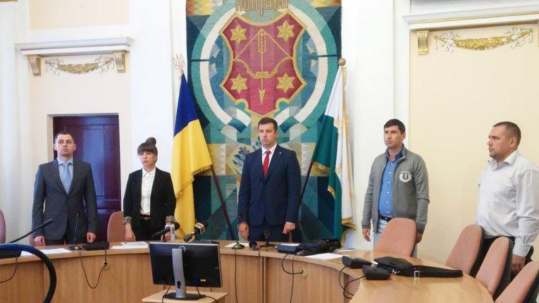 Підсумки позачергової сесії: «Нацкорпус», новий міськвиконком та нові (старі) заступники мера