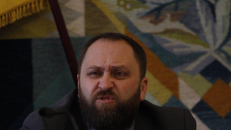Напад на журналістів: Сергій Чередніченко знову заважав виконувати професійні обов'язки представникам ЗМІ