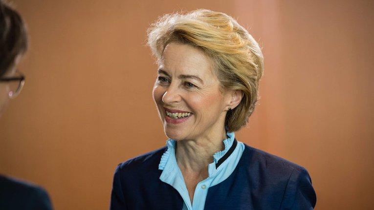 Напруга між Польщею та Німеччиною триває: ПіС не підтримує німецького претендента на пост глави Єврокомісії