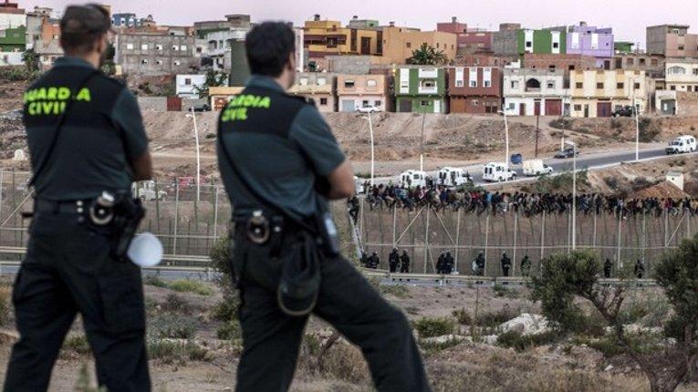 Потік нелегальної міграції до Європи не припиняється