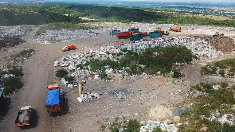Міська влада Кременчука має монополію на вивезення сміття