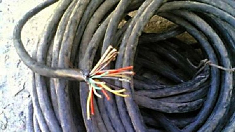 У Лубнах поцупили кабель лінії зв'язку. Зловмисників знайдено