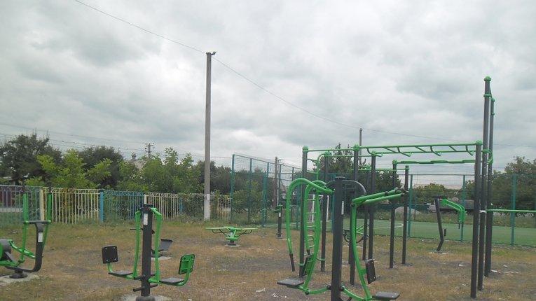 Семенівська молодь має новий спортивний майданчик