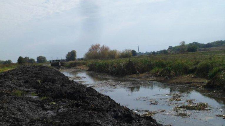 Привиди часів Януковича — оржицькі чиновники продали річку і забули