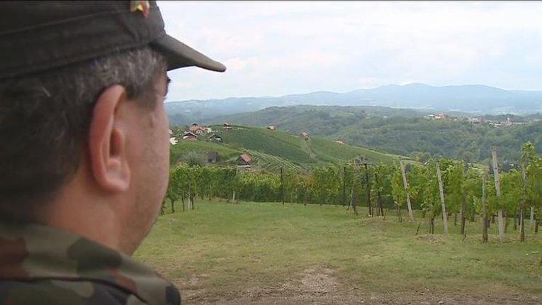 «Це наша земля»: попри тиск держави, словенці створюють спеціальні підрозділи, аби захистити кордон від мігрантів