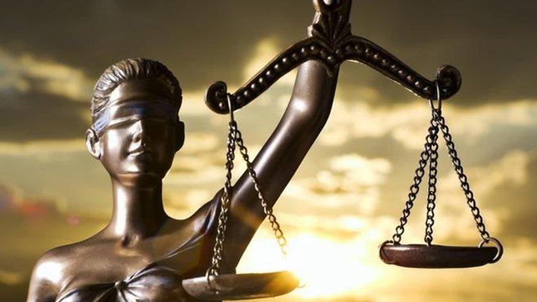 Реформувати судову систему Зеленському допомагатиме адвокат-хабарник