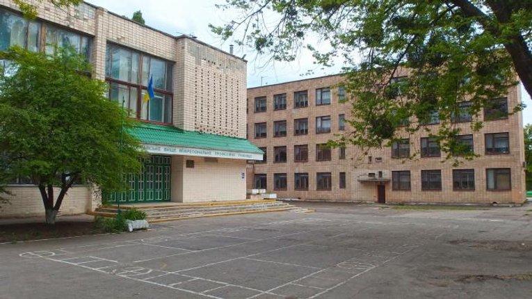 Прокуратура Полтавщини підозрює керівника одного з училищ Миргорода у корупції