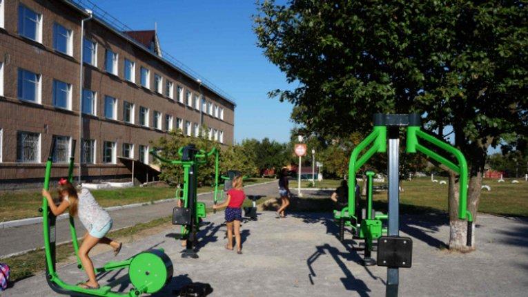 Оновлені спортмайданчики відкрили у Лохвиці