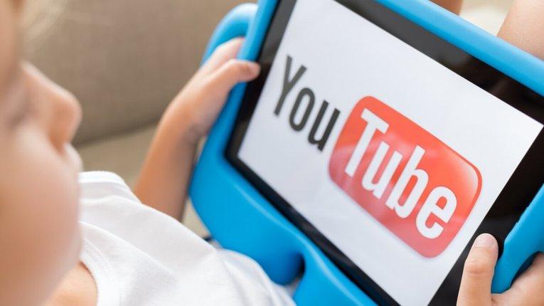 Дочірнє підприємство компанії «Google» порушує права дітей