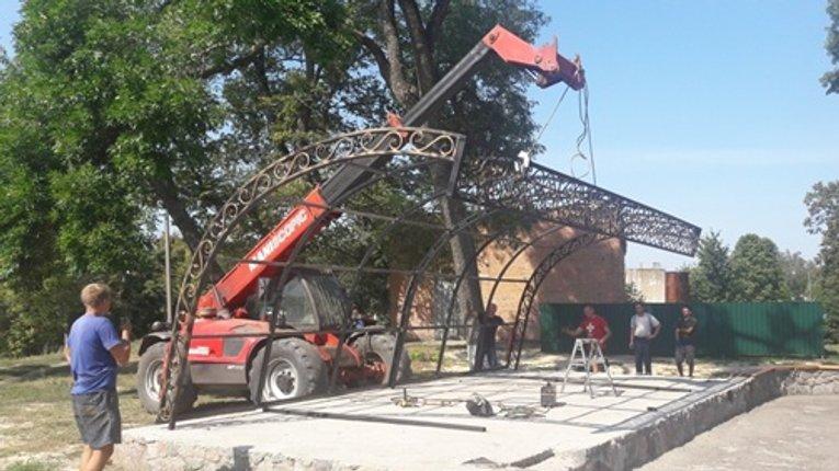 У Зінькові реставрують міський парк