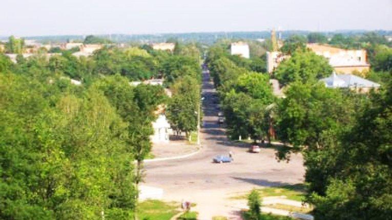 Гадяцька влада попередила про тимчасове обмеження руху транспорту в центрі міста