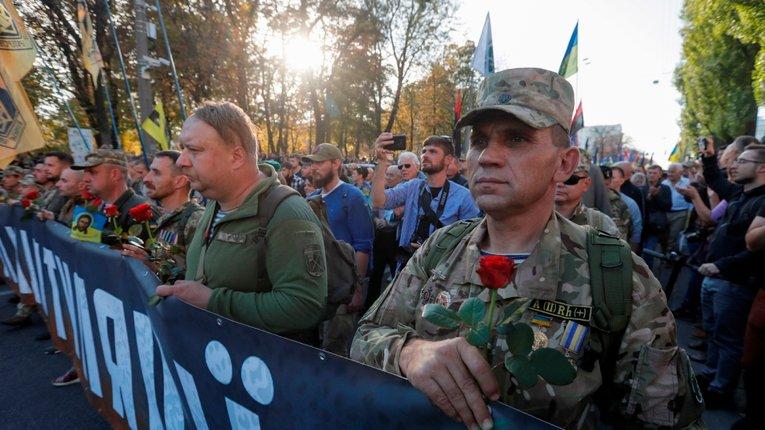 Масовість протестів зупинить Зеленського, – польський аналітик Єжи Тарґальський