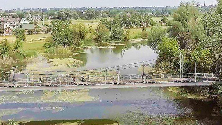 У Миргороді закриють пішохідний міст на ремонт
