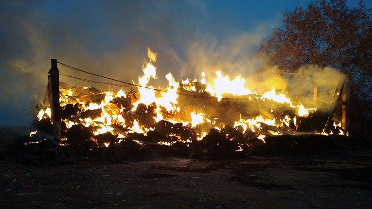 У Шишацькому районі Полтавщини згоріло понад 50 тонн соломи
