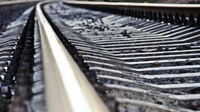 Під Полтавою на залізничній колії загинув чоловік: що відомо станом на ранок