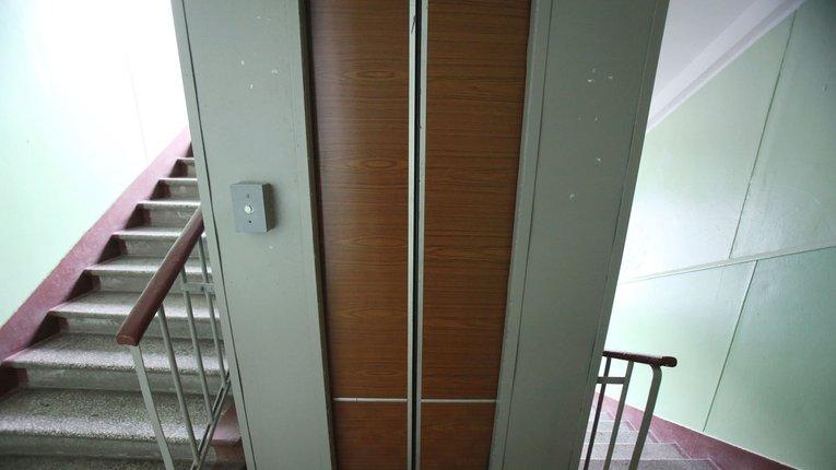 Ліфти Пирятина оновлюють задля безпеки місцевих мешканців