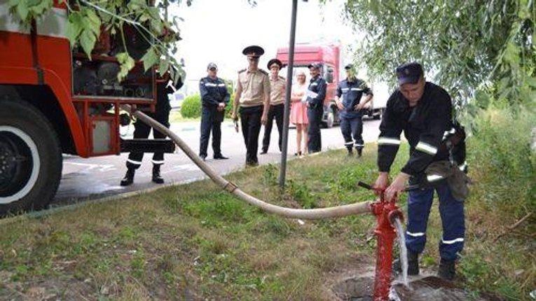 Надзвичайники проводять перевірку наявних пожежних гідрантів у Кременчуці