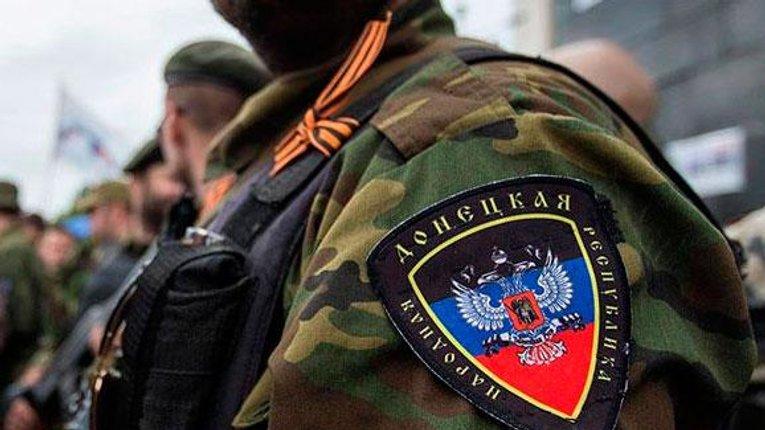 Терористи «ДНР» ледь не застрелили жінку з трирічною дитиною