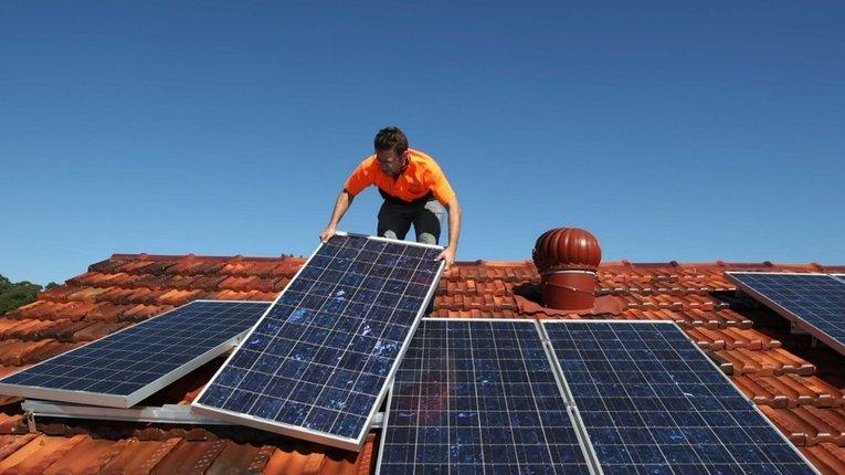 В Україні понад 1600 домогосподарств встановили сонячні панелі