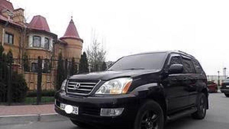 Викрадений Lexus заступника начальника Нацполіції знайшли, а чи той?