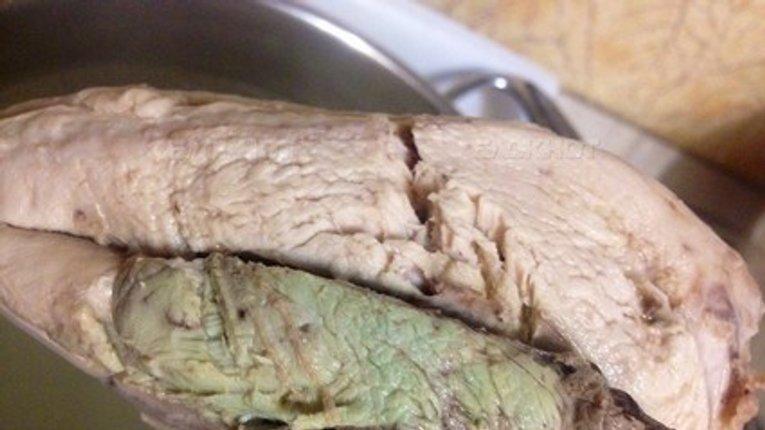 Косюк кормит украинскую армию порченой курятиной