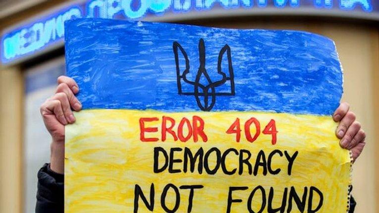 Буде ще гірше: Freedom House заявляє про погіршення ситуації з демократією в Україні
