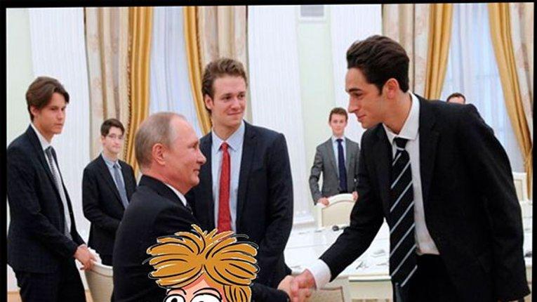 Кремль вимагав у ЗМІ видалити фото карликового Путіна
